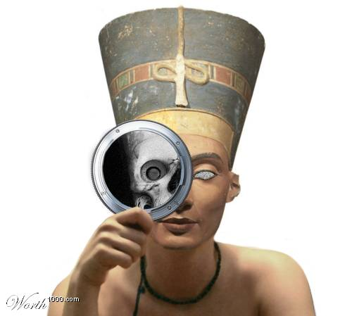 20051020201610-nefertiti.jpeg