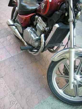 20070331202237-moto.jpg