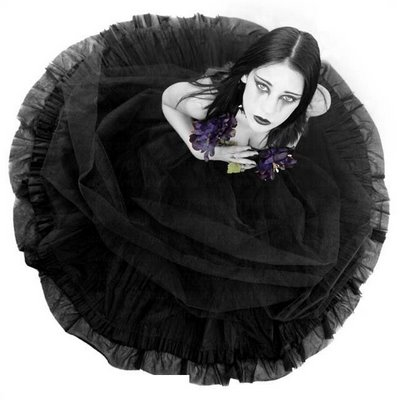 20100126120611-la-portada-la-novia-de-negro.jpg