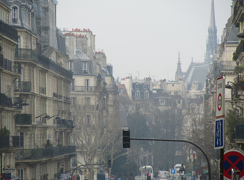 Vista del fondo de una calle de París by JoseAngelGarciaLanda