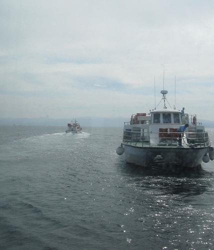 Nave viene nave va by JoseAngelGarciaLanda