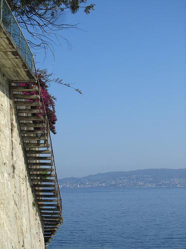 An airy stairway by JoseAngelGarciaLanda