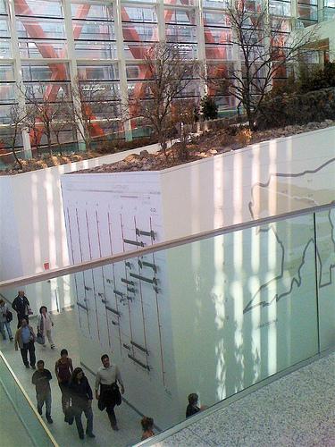 Dentro del Museo de la Evolución Humana by JoseAngelGarciaLanda