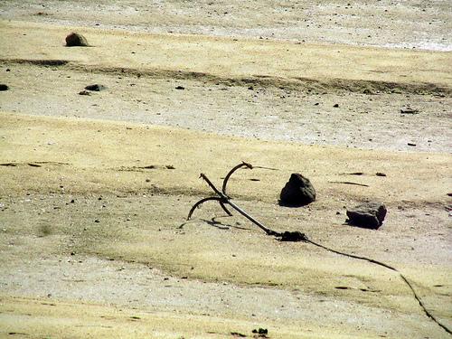 Anclando en dique seco by JoseAngelGarciaLanda