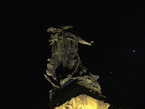 Monumento y conjunción by JoseAngelGarciaLanda