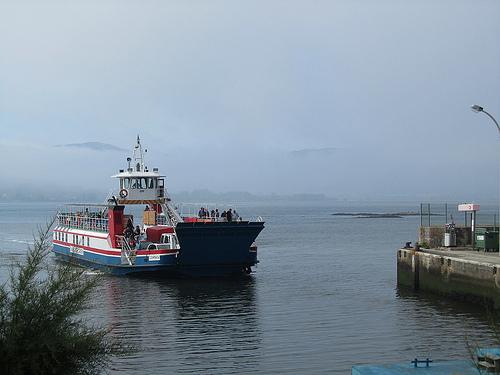 El ferry a Caminha by JoseAngelGarciaLanda