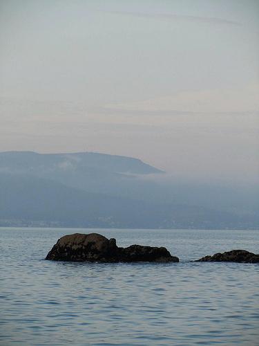 Roca en el mar by JoseAngelGarciaLanda