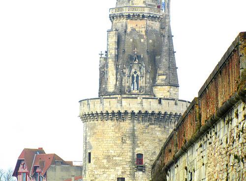 Torre de La Rochelle by JoseAngelGarciaLanda